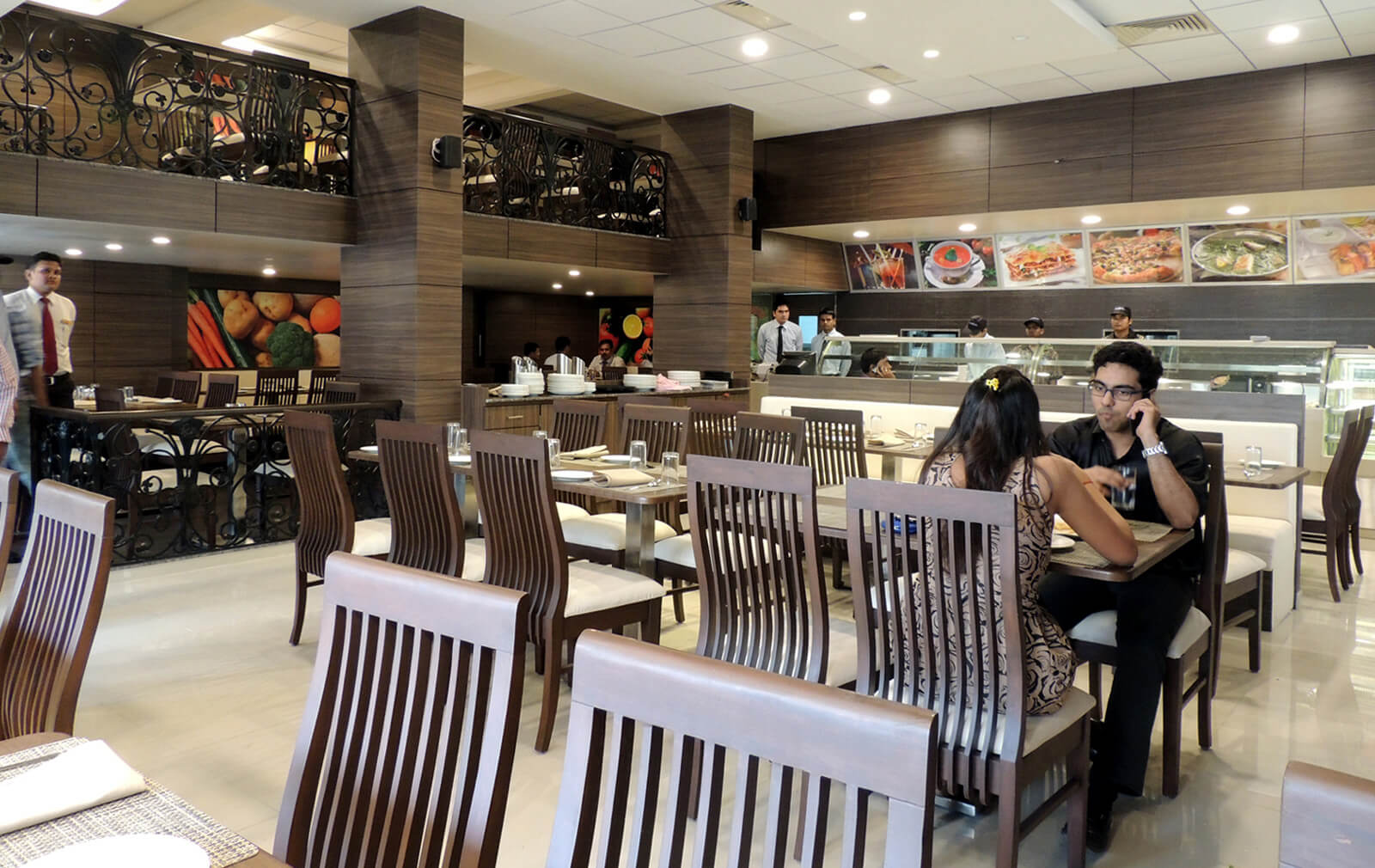Top Family Restaurants in Surat|Best Veg & Non Veg
