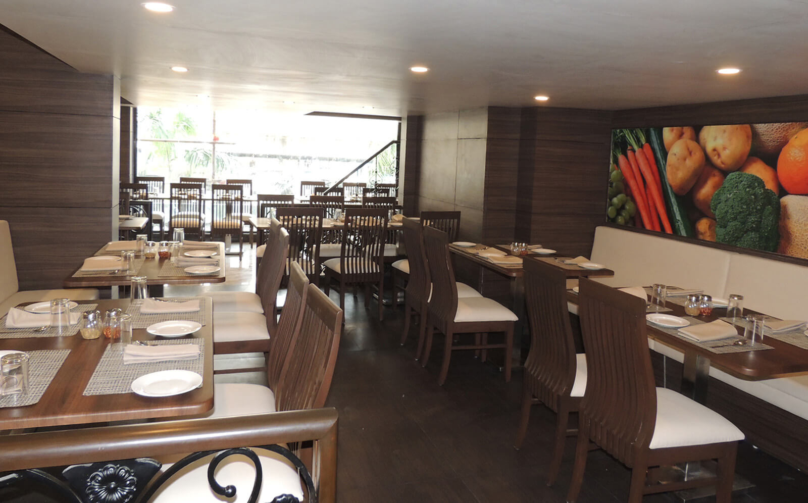 Restaurants in Surat